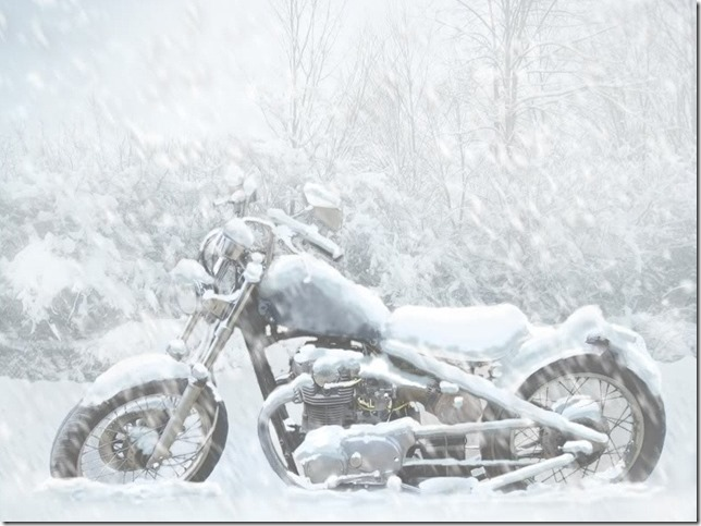 Motorcycle-in-Snow